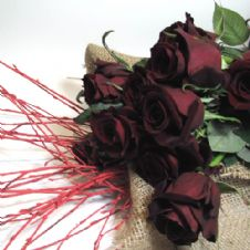 Bouquet of 15 Red roses / Μπουκέτο με 15 κόκκινα τριαντάφυλλα